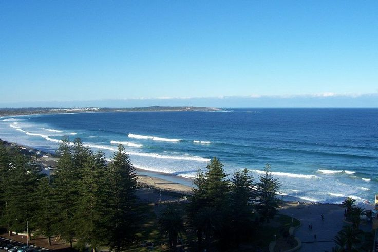 Request a high floor to take advantage of the amazing view from Rydges Cronulla.