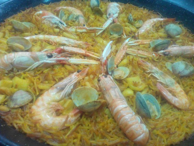 Que comer en Peñiscola - FIDEUA DE MARISCO by Restaurante Las Vegas Peñiscola - Expertos en Paellas .com