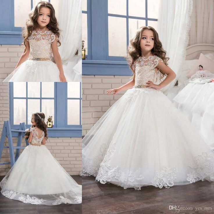 2017 New Flower Girls Dresses For Weddings Jewel Neck Cap Sleeves White Lace Appliques Bow Birthday Children Communion Girl Pageant Gowns Wedding Kids Wear 2017 Flower Girls Dresses Flowers Girls Dresses for Weddings Online with $90.29/Piece on Yes_mrs's Store | DHgate.com