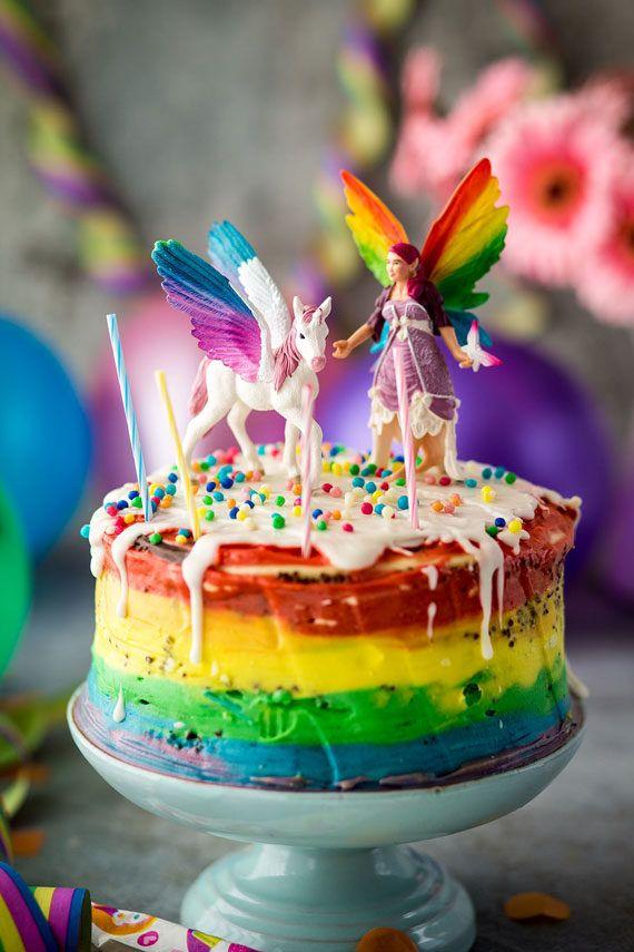 Geburtstagstorte, Geburtstag, Torte, Rainbow Layer Cake, Kindergeburtstag, Einhorn, Schleich, Blogger, Désirée Peikert