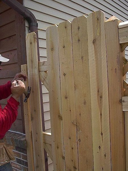 how to build a side gate and fence