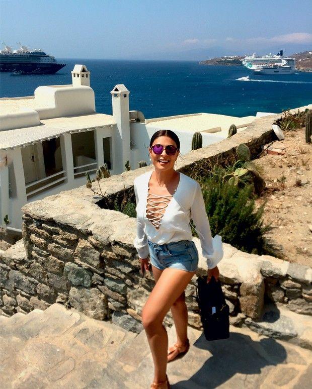 Juliana Paes mostra suas férias na Grécia