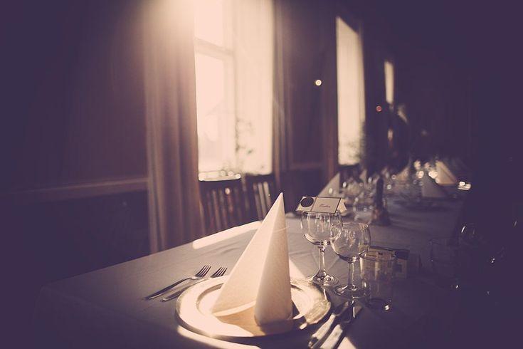 Det smukke hotel Julsø ved Ry Er i på jagt efter en bryllupsfotograf, der kender Ry og Hotel Julsø godt? En fotograf, der kender de gode steder omkring det smukke og romatiske Hotel Julsø ved Ry og Himmelbjerget. Bryllupsfotograf Vores ... Read More