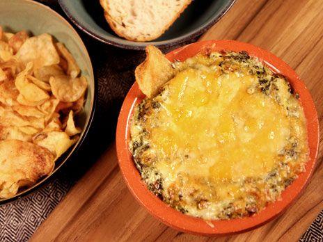 Varm ostdipp med kronärtskocka   Recept.nu