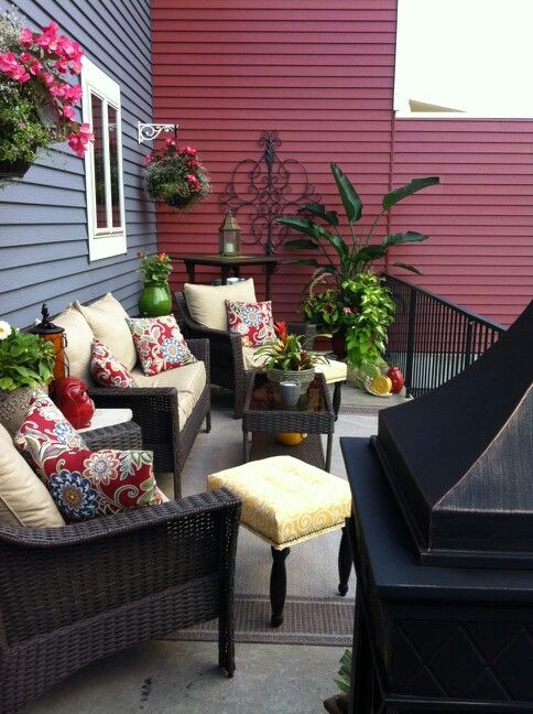 27 best images about deck decorating ideas on pinterest for Decorate small patio area