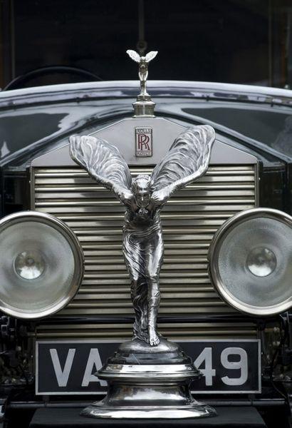 Rolls Royce  #jevel #jevelweddingplanning Follow Us: www.jevelweddingplanning.com www.facebook.com/jevelweddingplanning/ www.twitter.com/jevelwedding/ www.pinterest.com/jevelwedding/