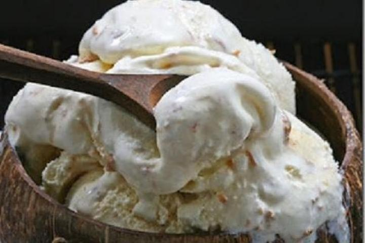 how to make coconut ice cream with fresh coconut