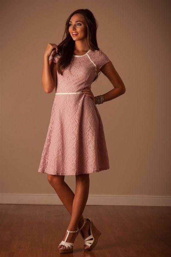 Rosa Kleid Kombinieren Welche Schuhe Passen Zu Rosa Kleid Colection201 De Bescheidene Kleider Rosa Kleid Tanzkleider