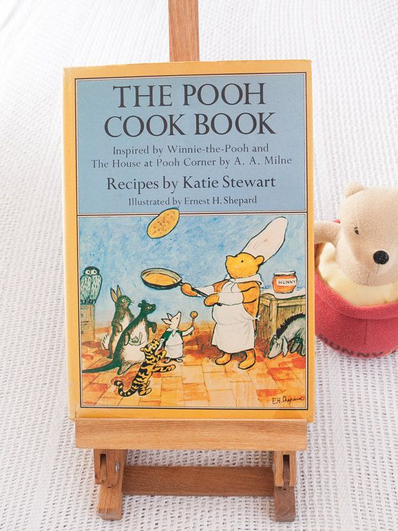 Vintage book: 'The Pooh Cook Book' hardcover by freshdarling