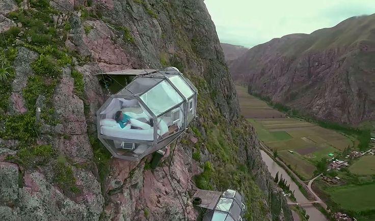 YouTube: ¿Dormirías en el único hotel ubicado en una montaña a 400 metros de altura?