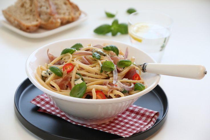 Pasta med spekeskinke og blåmuggost