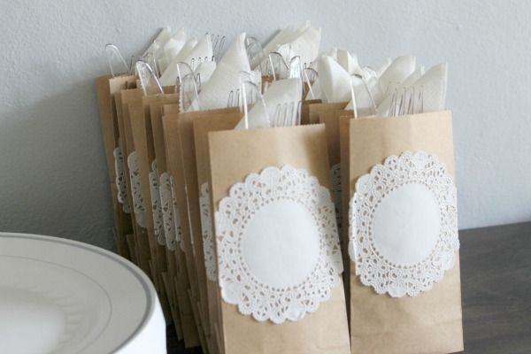 Romantic bridal shower decor - Hosting showers can be fun