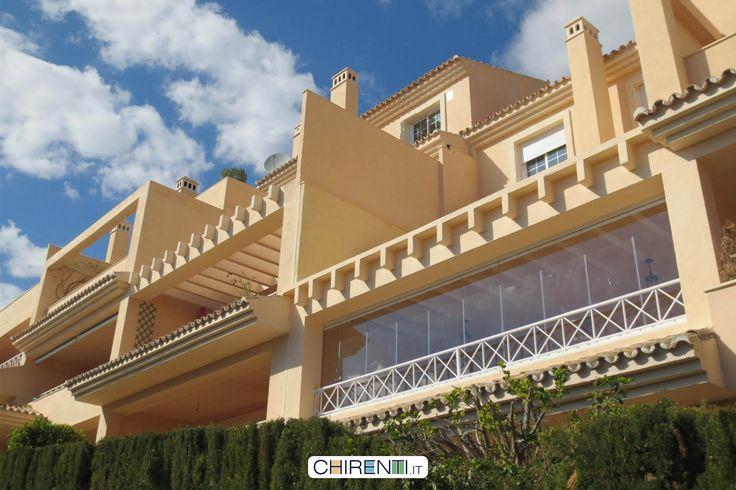 Balcone chiuso con vetrate panoramiche scorrevoli  #vetratepanoramiche   #vetratescorrevoli  #giardinidinverno  #vetrata  #coperturemobili   #vetratebalconi  #dehor  #casagiardino  #copertureamovibili