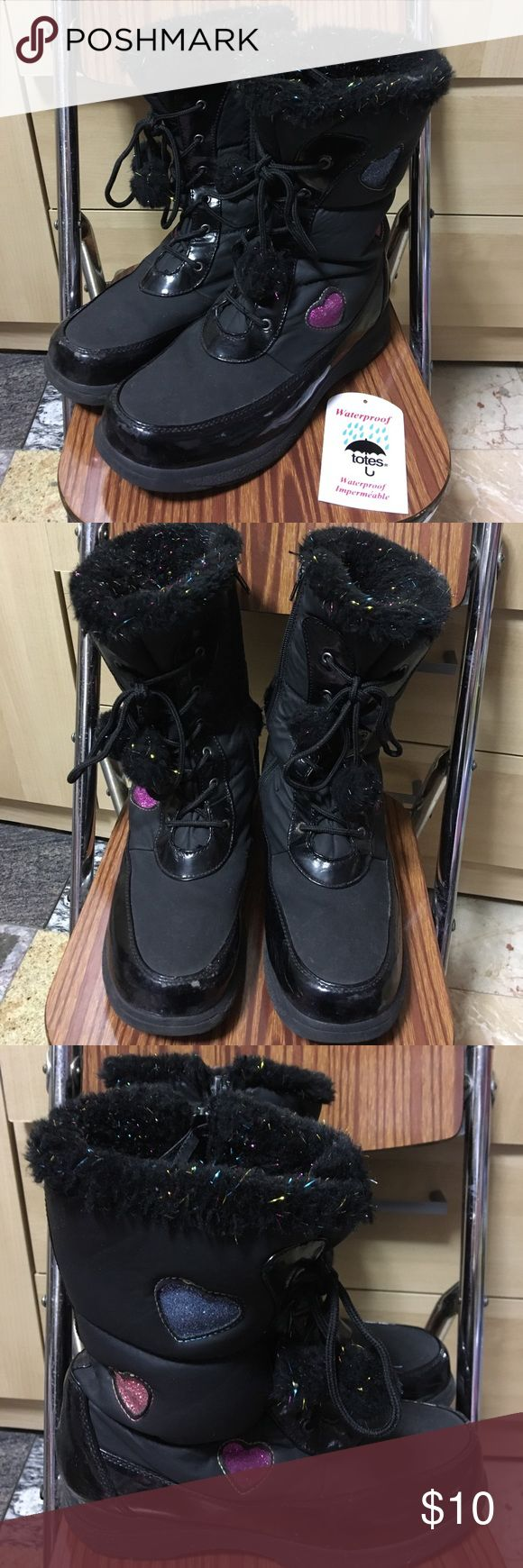 Totes Girl/Sz5 Winter Boots Used Totes Winter Boots from Kohls   Style is Casey Black   For Juniors cold weather snow/rain boots in color a black color with sparkly hearts on the side and faux fur color   Size is girls Juniors 5, Or about US women's size 6.5, can fit 6 -7   Refer to photos for the size tag and condition   overall signs of wear and on the inner side of both boots next to zipper there is a tear, photo 4, price reflects, but still fully functional   Questions welcomed Totes…