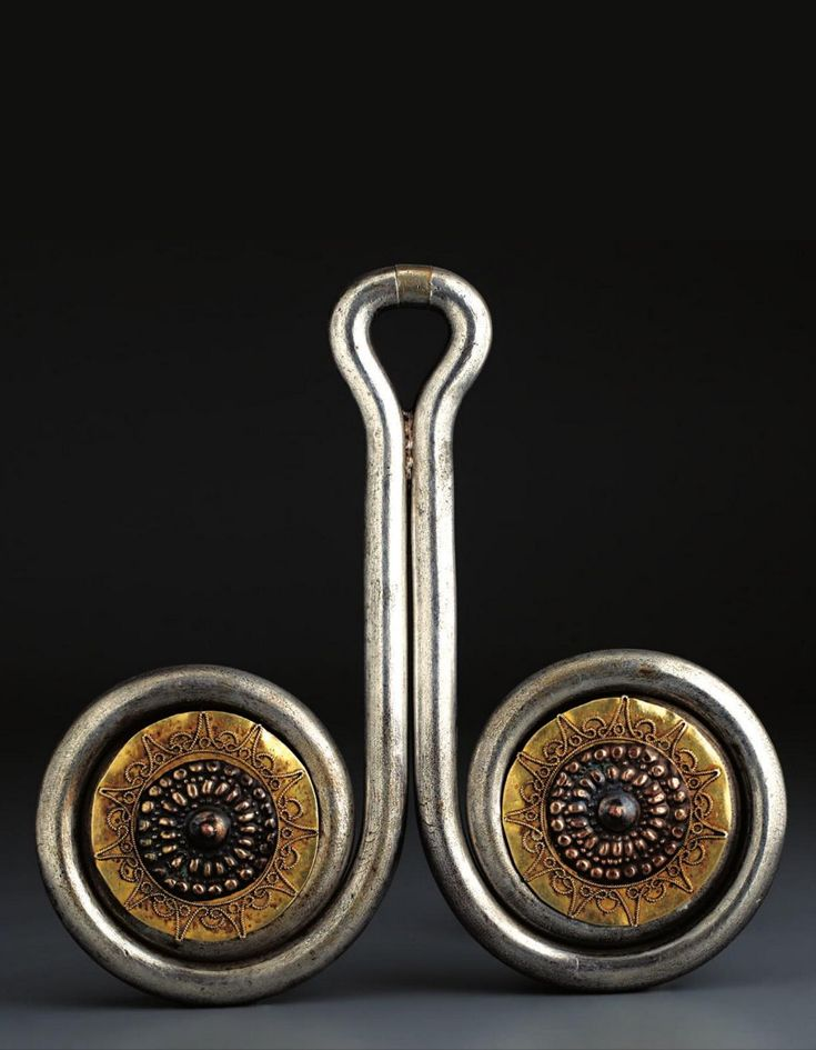 Indonesia ~ Karo Batak | Large spiral earrings with stars ~ padung-padung ~ silver, gold, suasa | 19th century || Source: 'Gold Jewellery of the Indonesian Archipelago'; Page 373