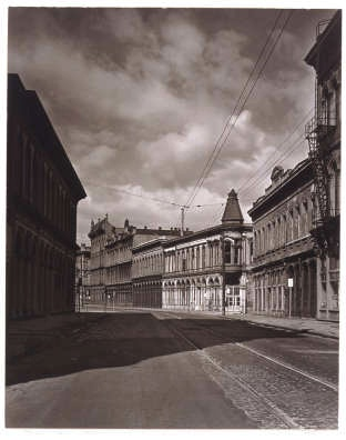 """Minor White, """"Front Street, Portland, OR,"""" 1939"""