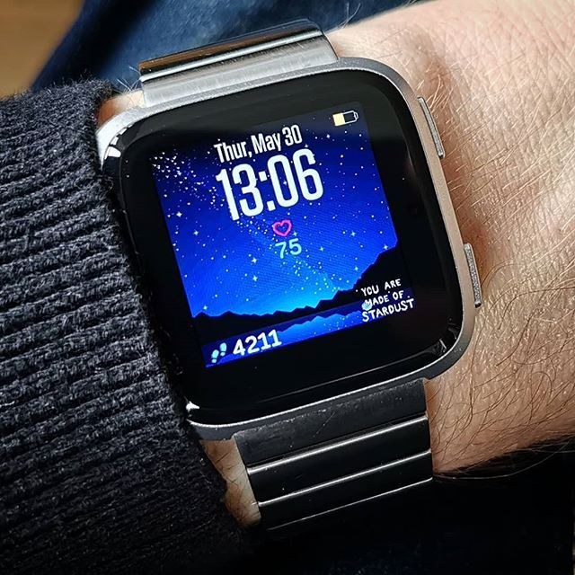images?q=tbn:ANd9GcQh_l3eQ5xwiPy07kGEXjmjgmBKBRB7H2mRxCGhv1tFWg5c_mWT Smartwatch Stone
