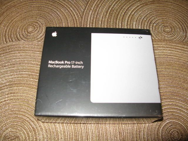 "New Genuine Original Battery Apple Macbook pro 17"" inch A1189 MA458LL/A OEM"