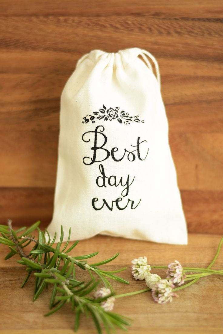 Best Day Ever Wedding favour bags, wedding favor bags, muslin favor bags, small muslin bags, thank you bags, wedding gift bags, muslin pouches, wedding favour pouches