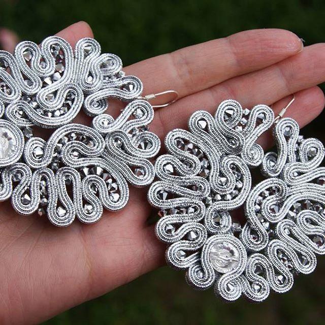 #sutasz #soutache #sutaszoweinspiracje #earrings #kolczyki #okrągłe #round #unique  #jewelry_designer #jewellery