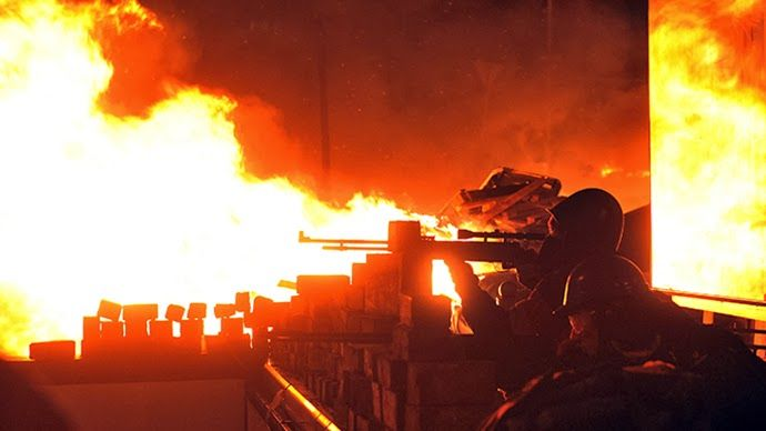 Greece Report: Ελεύθεροι σκοπευτές γέμισαν με αίμα τους δρόμους σ...