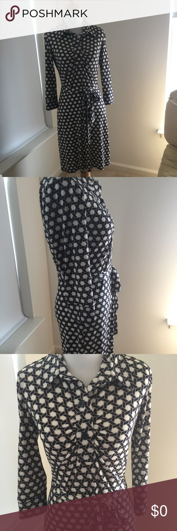 Laundry Shelli Segal shirt dress. NWOT Dress is very flattering and comfortable. Worn once. Very soft fabric and perfect for al seasons. Laundry by Shelli Segal Dresses
