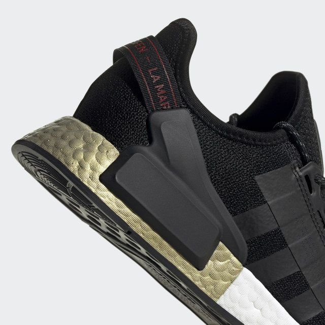 Nmd R1 V2 Shoes In 2020 Shoes Nmd R1 Black Shoes