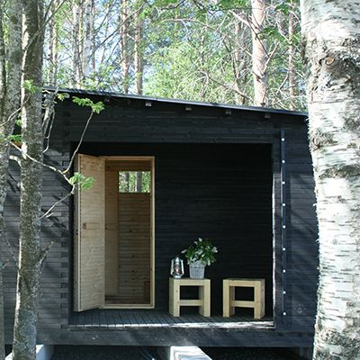I'd like this kind of sauna. Well, *any* kind of sauna, actually. :)  Luona-pihasaunat | Louna - http://saunapihalle.fi/