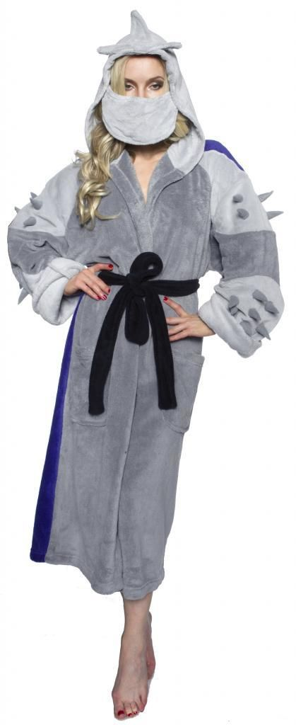 """""""No one does evil better than the foot clan and the evil Master Shredder.   If you've thought about doing a DIY Teenage Mutant Ninja Halloween costume then the idea of doing a DIY Shredder Turtles costume has already popped into your shellhead.   Now you can be Shredder when you wear this officially-licensed Shredder Adult Costume Robe.  """""""