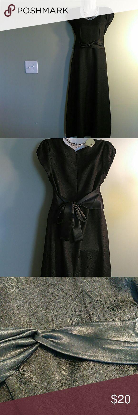 Formal Fashion inc. Elegant black dress by Formal Fashion Inc Formal fashion inc Dresses Maxi