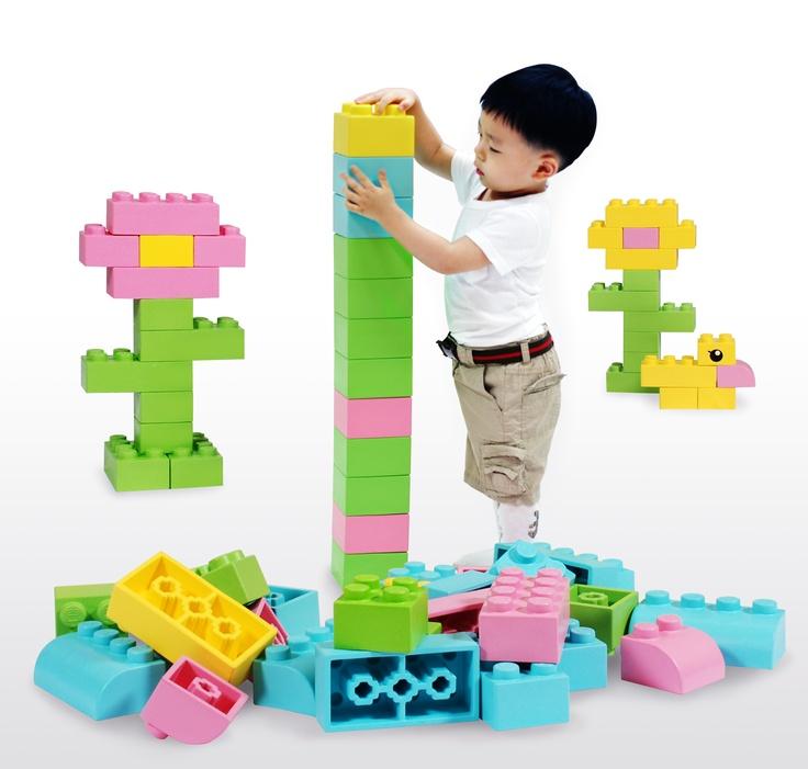 16 best Grote bouwblokken images on Pinterest   Big lego, Lego ...