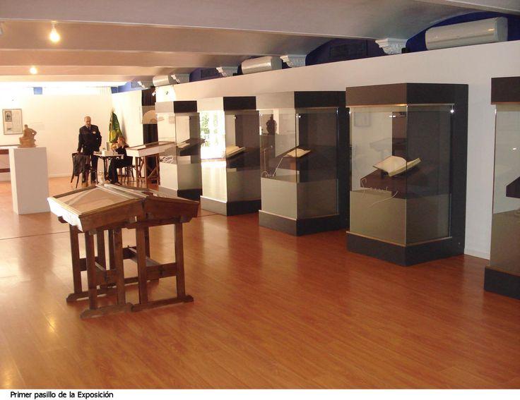 Montaje de una de las exposiciones realizadas en las intalaciones de Río Grande  http://riogrande-sevilla.com/