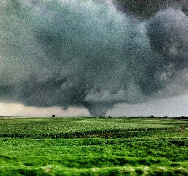 April 14, 2012 tornado outside Crawford, Kansas via Manuel Fores on Twitter