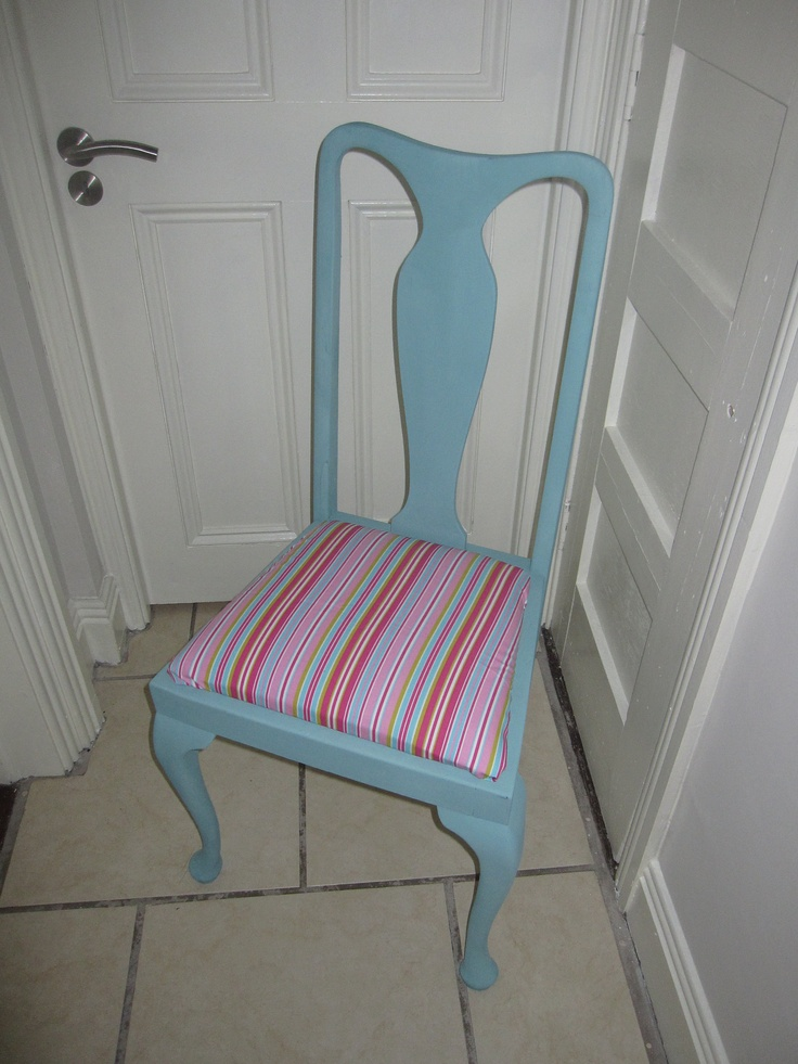 AS chalk paint Provence on an old Chair painted by dear lilly