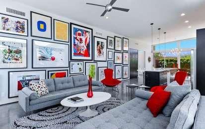 Come posizionare i quadri: idee e consigli per non sbagliare [FOTO] - Consigli e idee per appendere i quadri alle pareti senza sbagliare: dalle composizioni geometriche alle disposizioni verticali e orizzontali.