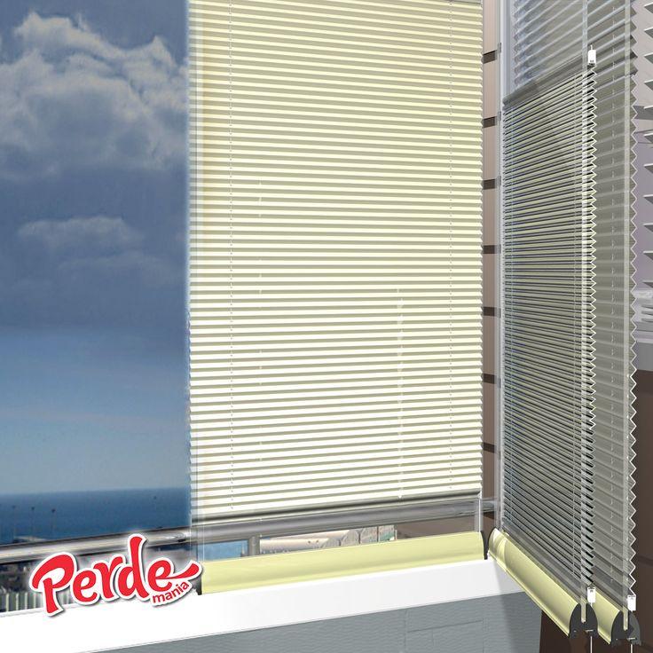 Karartma kumaşı sayesinde %100 güneş ışığını kesme özelliğinin yanı sıra, kumaşın bir yüzeyinde alüminyum folyo kaplıdır. Bu özellik direkt gelen güneş ışığının yansımasını sağlayarak, iç mekanda üst düzey bir ısı yalıtımı sağlar. Pileli görüntüsü ve puanlı deseni ile görselliğin ön planta tutulduğu bu perde modelleri, alev almaz, kir ve su tutmaz özellikleri ile de büyük kolaylıklar sağlar.