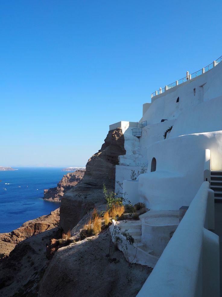 Petit Palace. Santorini, Greece | joanne-khoo.com