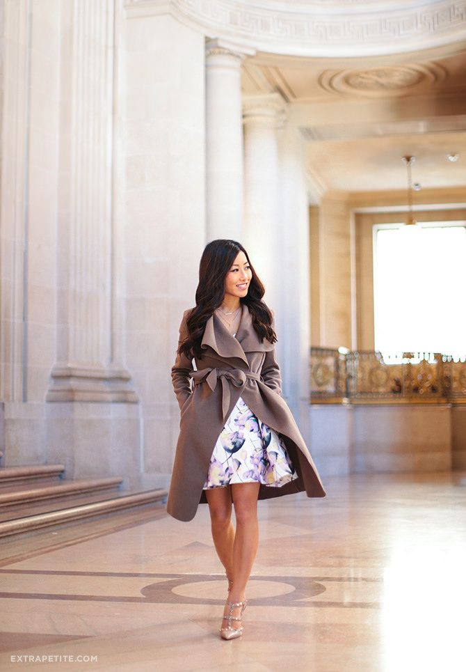 classic dressy spring outfit // flare dress + nude pumps + belted wrap jacket in petites
