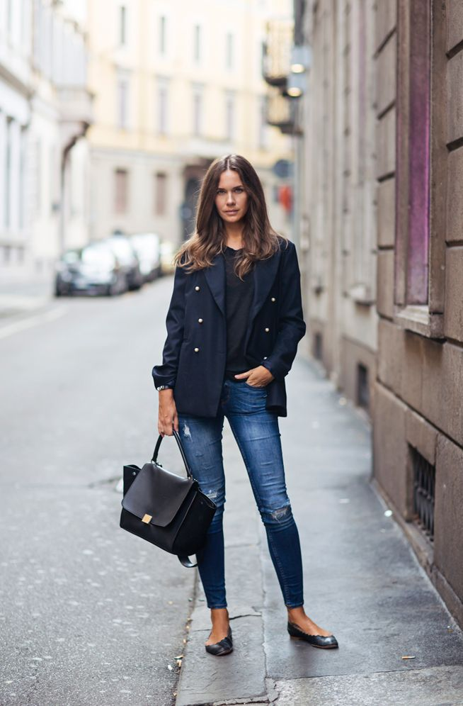 Women's Black Double Breasted Blazer, Black Crew-neck T-shirt, Navy Ripped  Skinny Jeans, Black Leather Ballerina Shoes