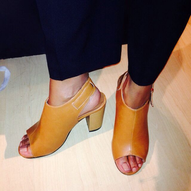I received with awesome pair, of modern cloggs from my sister. I absolutely adore them the tan color, compliments my skin tone very well. #AwesomeFootWear #SouthAfricanRetailOutlet #TrendSetter #TrendSpotter