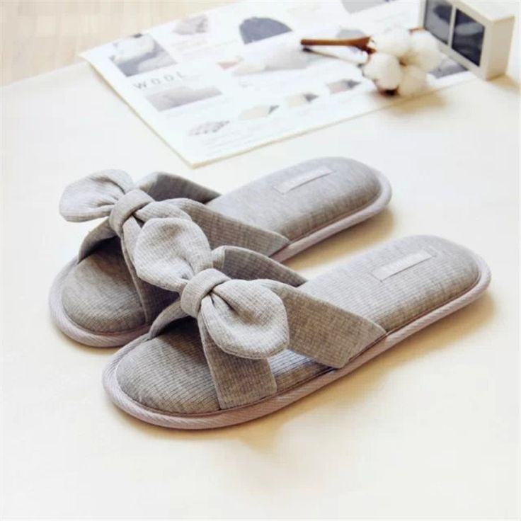 25 cute summer slippers ideas on pinterest slippers 13874 | f45c7f66cbf42cf954980166d66b7a83 bedroom slippers pink slippers