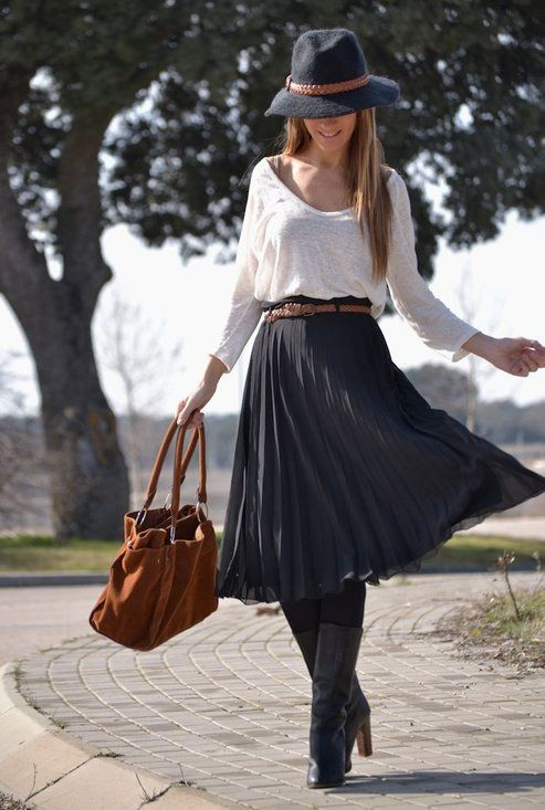 Blue skirt accordion skirt with white tee and winter hat