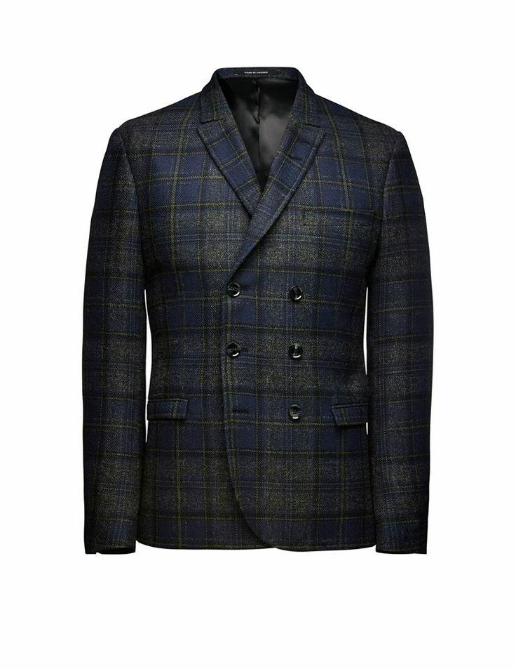 Irvine wool blazer: http://tigerofswedenmontreal.ca/collection/irvine-wool-blazer/  Tiger of Sweden