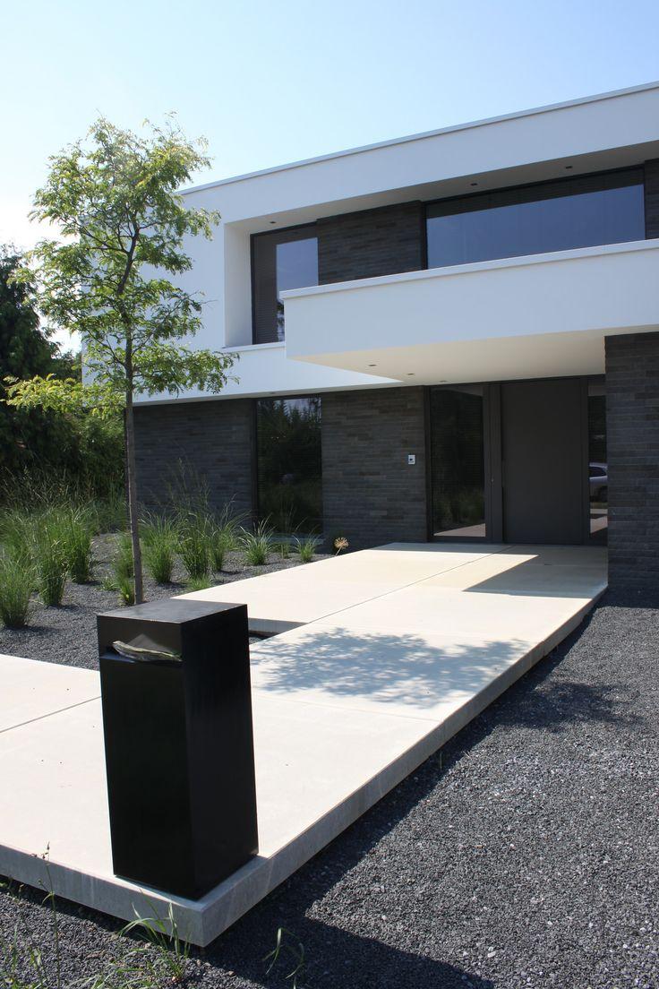 398 besten einfahrt und vorgarten bilder auf pinterest moderne h user aussen und kleine g rten. Black Bedroom Furniture Sets. Home Design Ideas