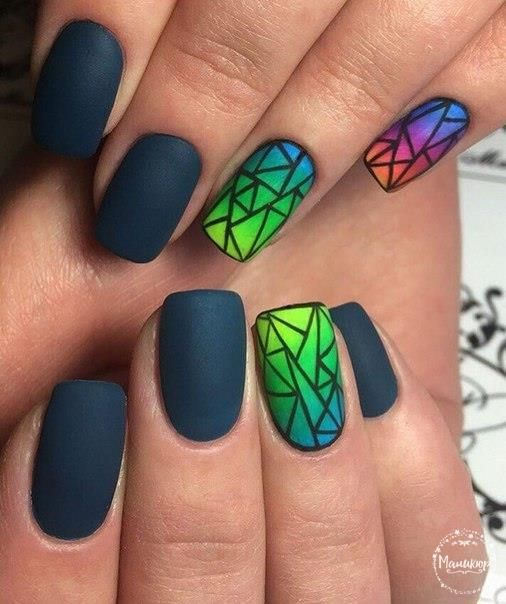 Broken glass nails, Disco nail, Evening nails, Geometric nails, Interesting nails, Matte nails, Ombre nails, Original nails Más