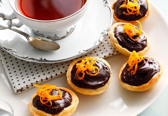 Why go out for coffee with your girlfriends when you could have them over for an elegant afternoon tea? Here are some of our favourite high tea recipes.
