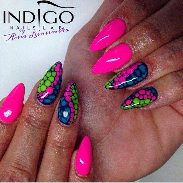 by Ania Leśniewska Indigo Educator. Follow us on Pinterest. Find more inspiration at www.indigo-nails.com #nailart #nails #indigo #pink #neon #skinsnake