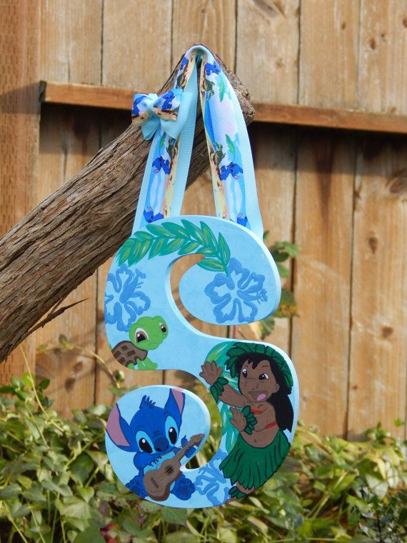 Hawaiian Themed Lilo and Stitch painted by ColorfulCharacters