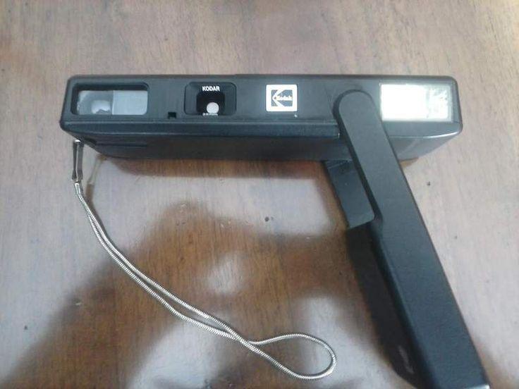 Sembra una pistola, ma è una macchina fotografica...