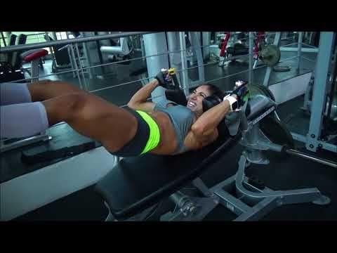 Entrenamiento de glúteo y femoral a 8 dias de Mr. Olympia! - YouTube